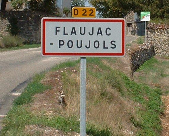 Panneau du village de Flaujac-Poujols dans le Lot