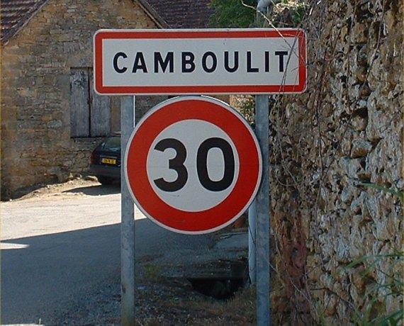 Panneau du village de Camboulit dans le Lot