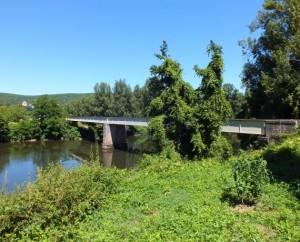 Pont de la D38 sur le Lot à Larroque-Toirac dans le Lot