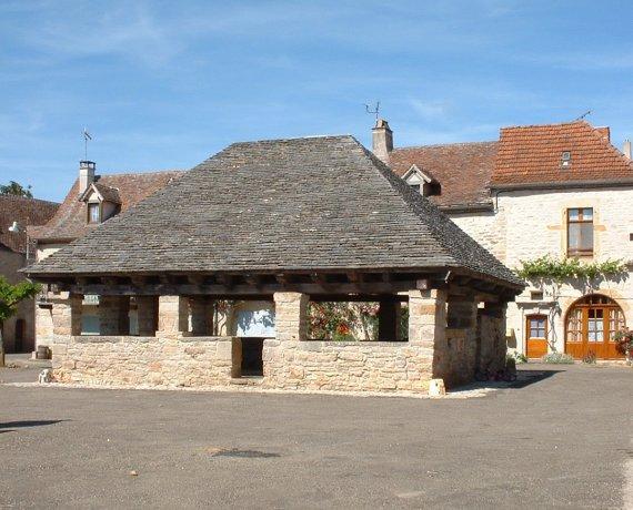 Halle de Beauregard (bourg) dans le Lot