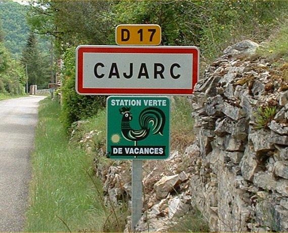 Panneau du village de Cajarc dans le Lot