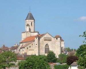 Église Saint-Maur à Martel (rue de l'église) dans le Lot