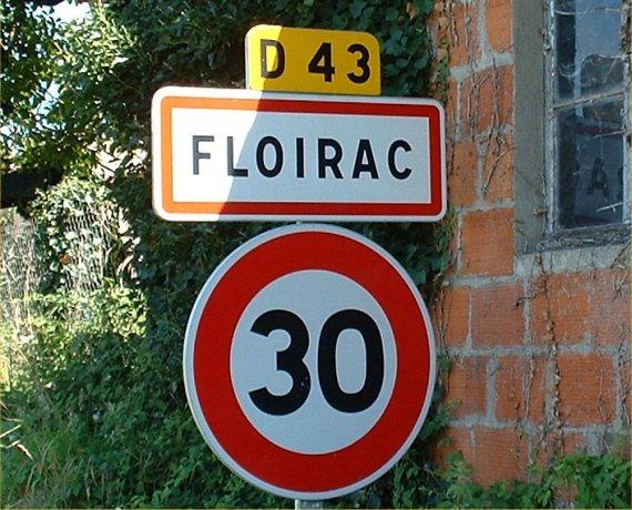 Panneau du village de Floirac dans le Lot