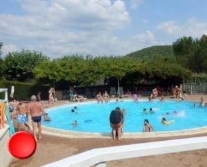 La piscine de Nuzéjouls dans le Lot