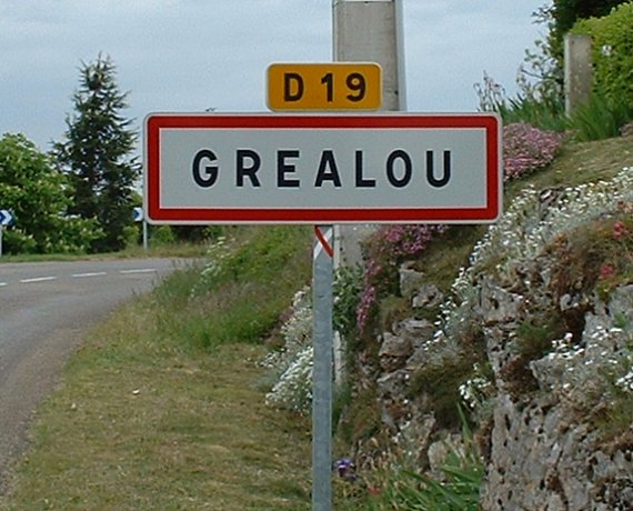 Panneau du village de Gréalou dans le Lot