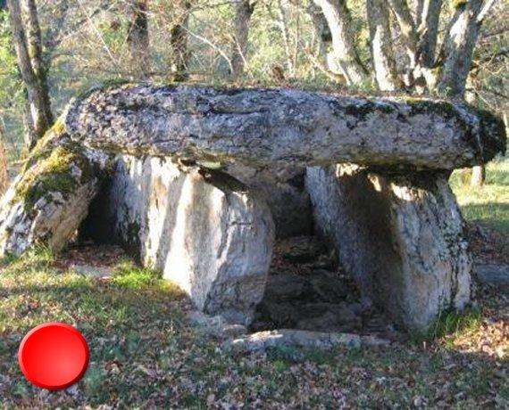 Dolmen de la Gabaudet 2 à Issendolus dans le Lot