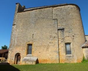 Église Saint-Caprais à Saint-Caprais dans le Lot