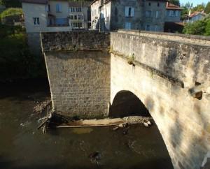 Pont du Pin sur le Célé à Figeac dans le Lot