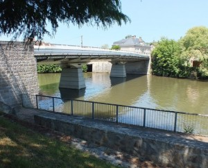 Pont du Gua sur le Célé à Figeac dans le Lot