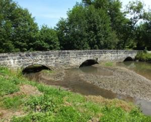 Pont sur le Drauzou à Lissac-et-Mouret (Fraysse)