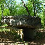 Limogne-en-Quercy. Le dolmen du Lac d'Aurié