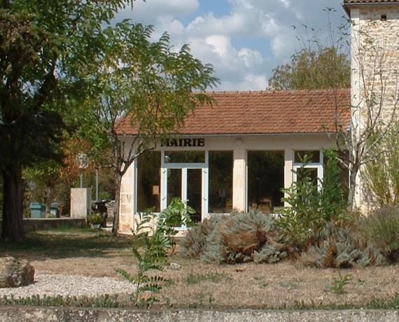 La mairie de Flaujac-Poujols dans le Lot
