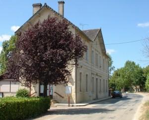 La mairie de Francoulès dans le Lot
