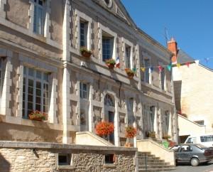 La mairie de Gignac dans le Lot