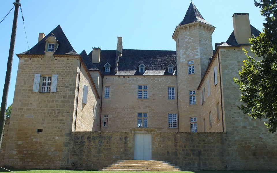 Château de Nadaillac à Nadaillac-de-Rouge dans le Lot