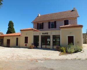 Mairie de Calès dans le Lot