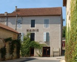 Mairie de Douelle dans le Lot