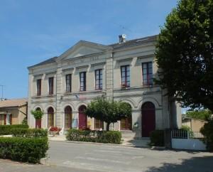 Mairie de Montdoumerc dans le Lot