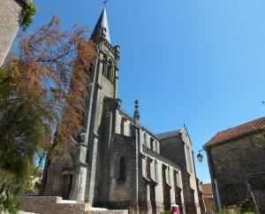 Église de Faycelles (place Gaillarde) dans le Lot