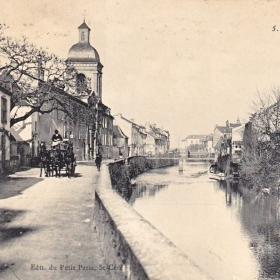Le quai des Récollet à Saint-Céré dans le Lot