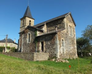 Église de Ladirat dans le Lot