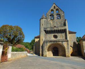 Église Saint-Sixte à Lamothe-Fénelon (bourg) dans le Lot