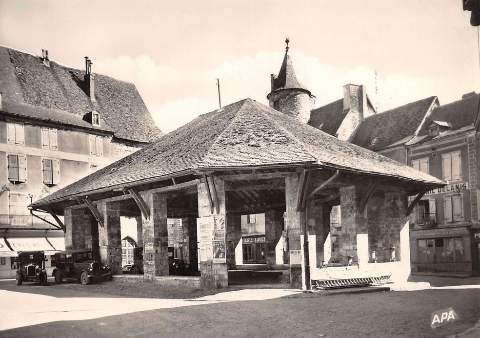La halle de Martel dans les années 30