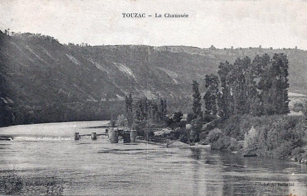 L'écluse de Touzac au début du XXe siècle