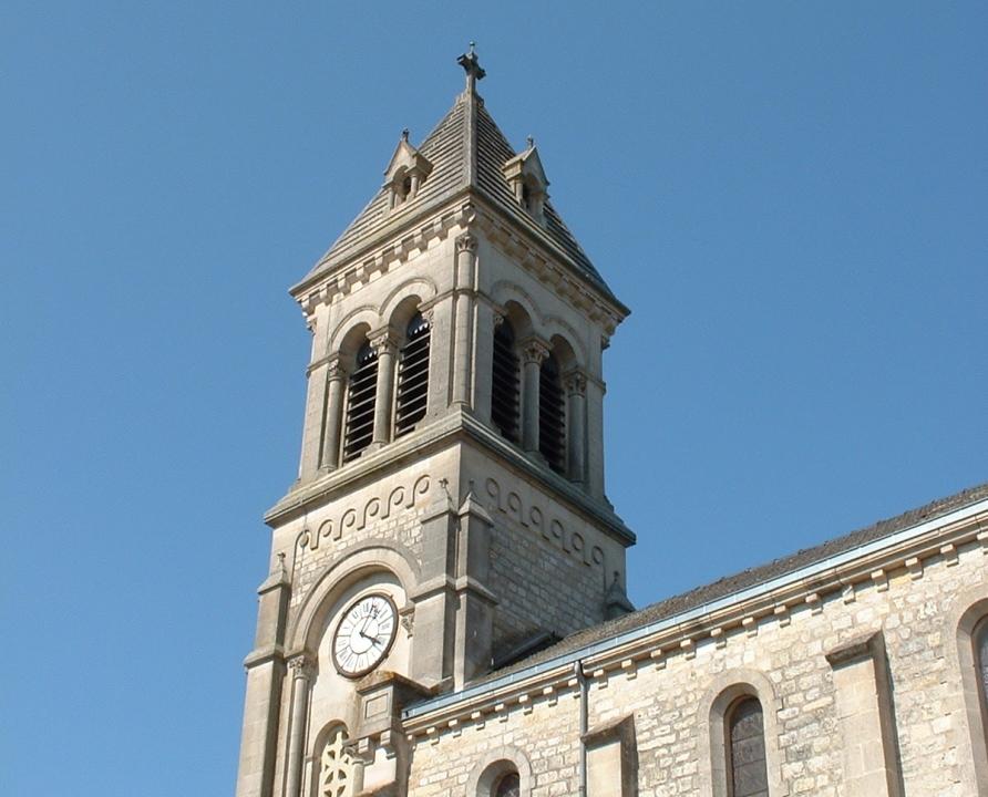 Églises & Abbayes - Albas - Église Saint-Étienne (bourg) - Église Saint-Étienne à Albas (bourg)