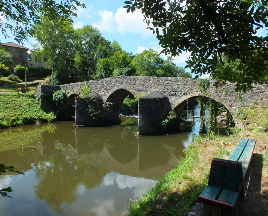 Circuits randonnée pédestre - Bagnac-sur-Célé - Circuit des Gâches - 12km (le pont médiéval à Bagnac-sur-Célé)