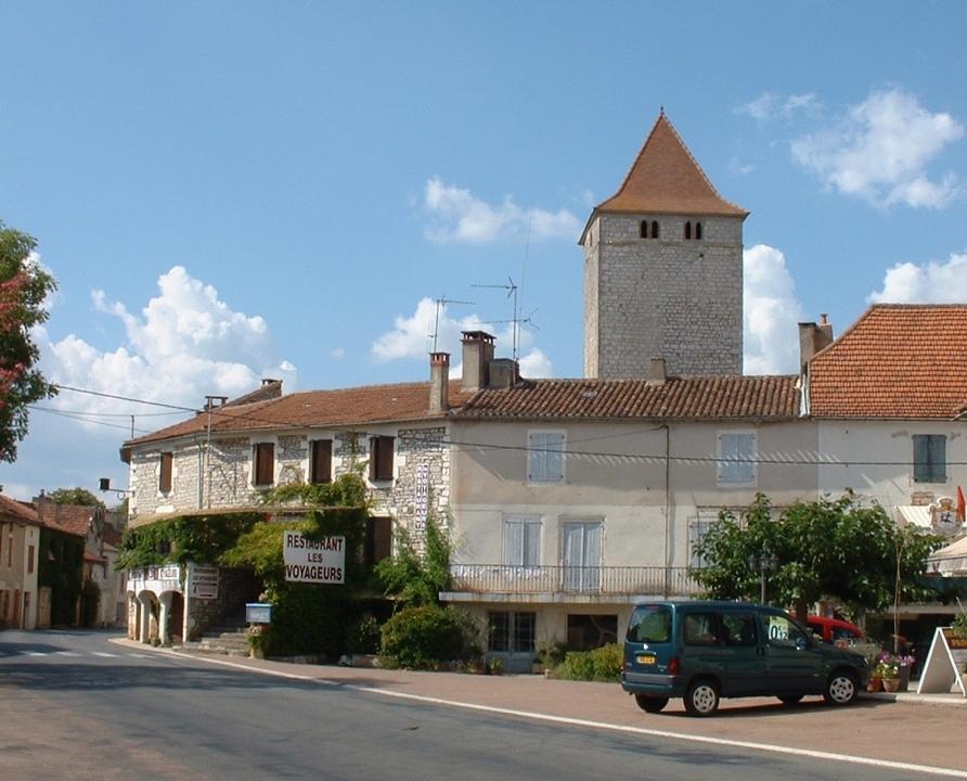 Circuits randonnée pédestre - Concots - Le circuit des Lébratières - 13km (le bourg de Concots)