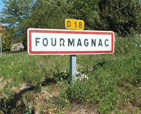 Panneau du village de Fourmagnac dans le Lot