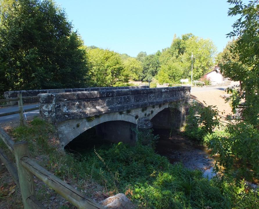 Ponts & Viaducs - Fourmagnac - Pont sur le Drauzou (l'Orlie) - Pont sur le Drauzou à Fourmagnac (l'Orlie)