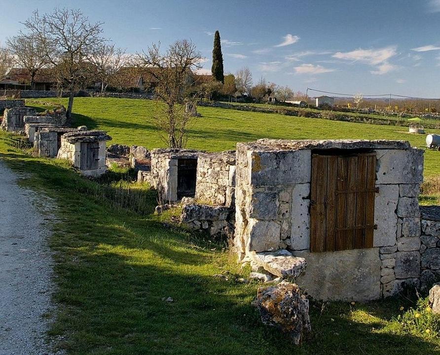 Circuits randonnée pédestre - Laburgade - Laburgade-Nouel - 14km (Alignement de puits fermés à Laburgade)