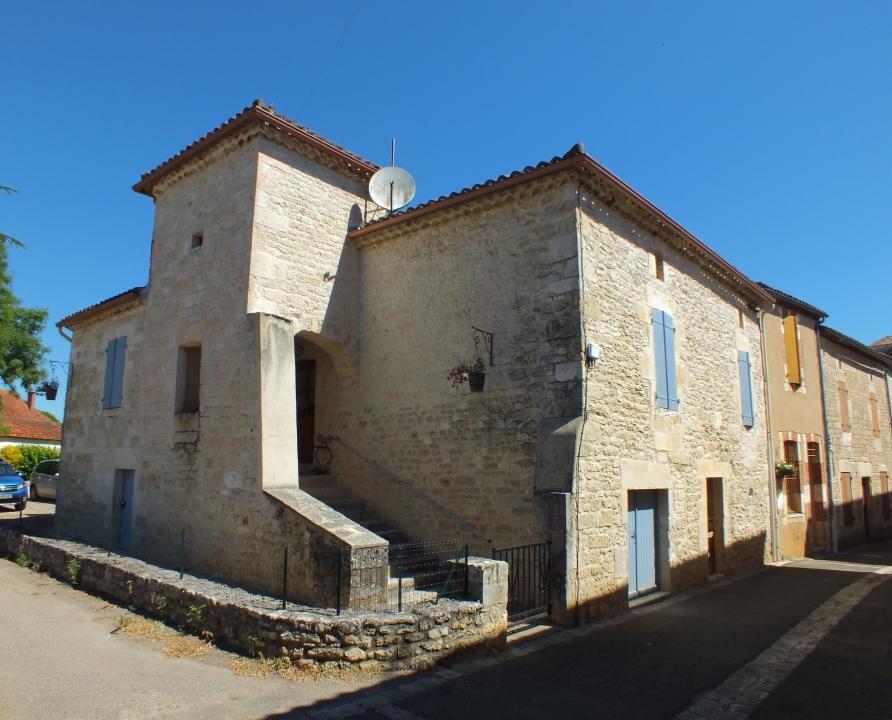 Circuit VTT - Mauroux - Châteaux et Eglises du Vignoble de Cahors - 16km (dans les ruelles de Sérignac)