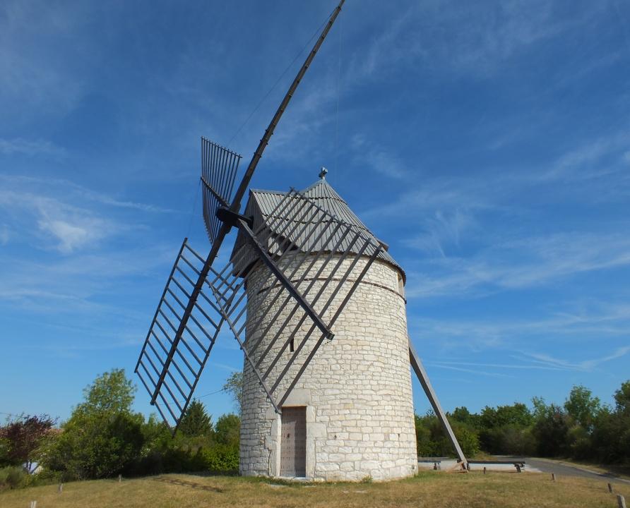 Circuit VTT - Sainte-Alauzie - Sur la Route des Moulins - 14km (le moulin de Boisse à Sainte-Alauzie)