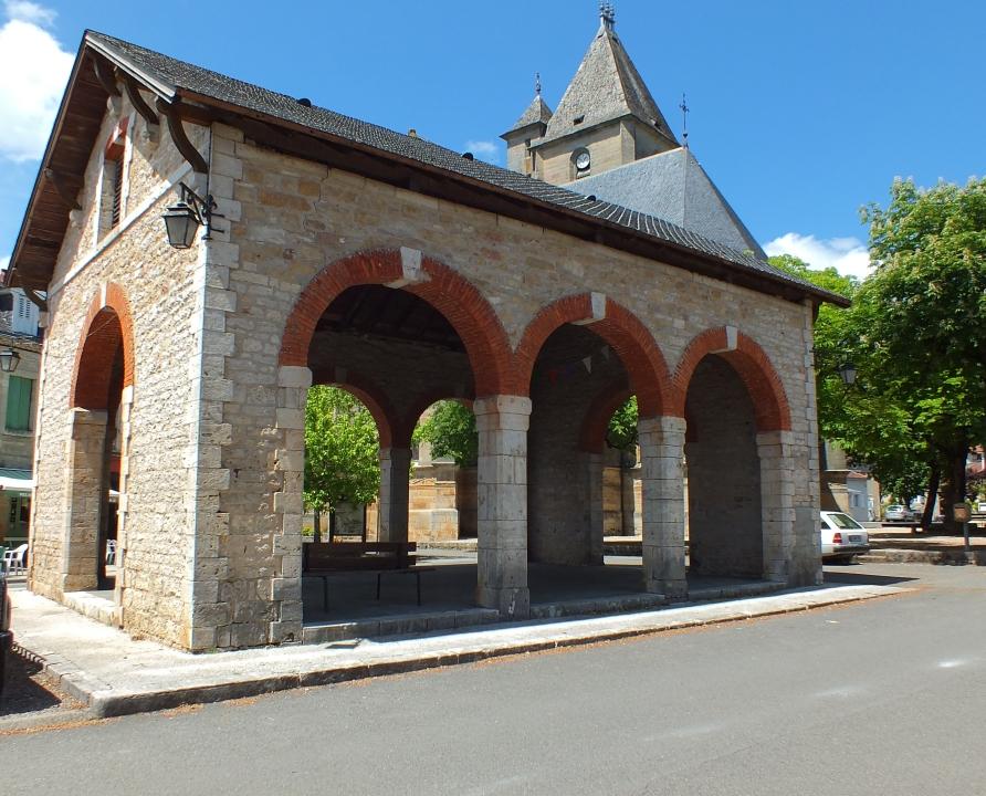 Halles - Assier - Halle (bourg) - -