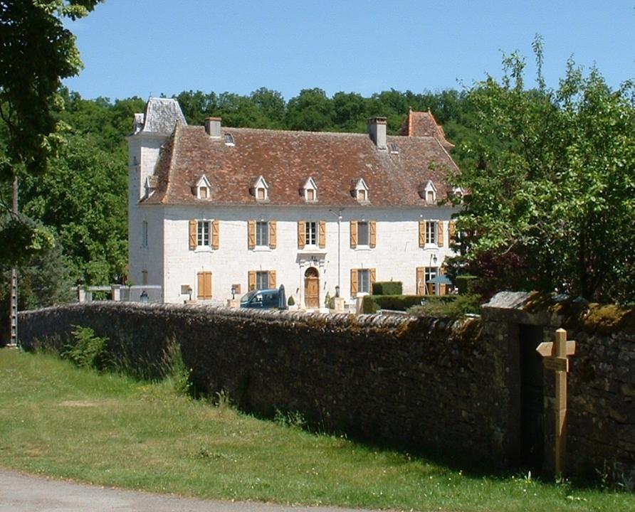 Demeures & manoirs - Le Bastit - Ancienne commanderie de Templiers (bourg) -