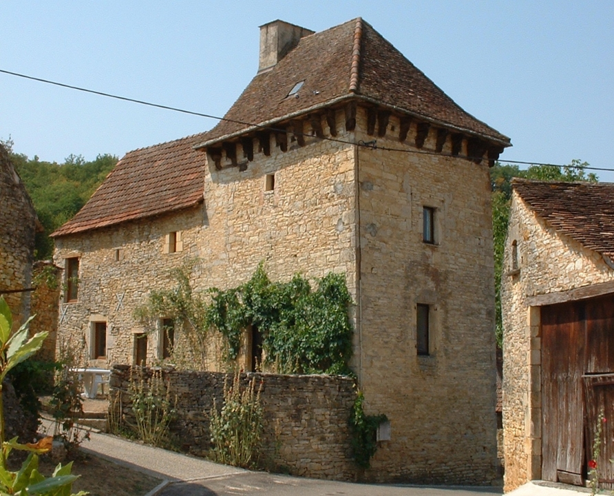 Circuits randonnée pédestre - Peyrilles - Sentier du château - 4km (Belle demeure à Peyrilles)