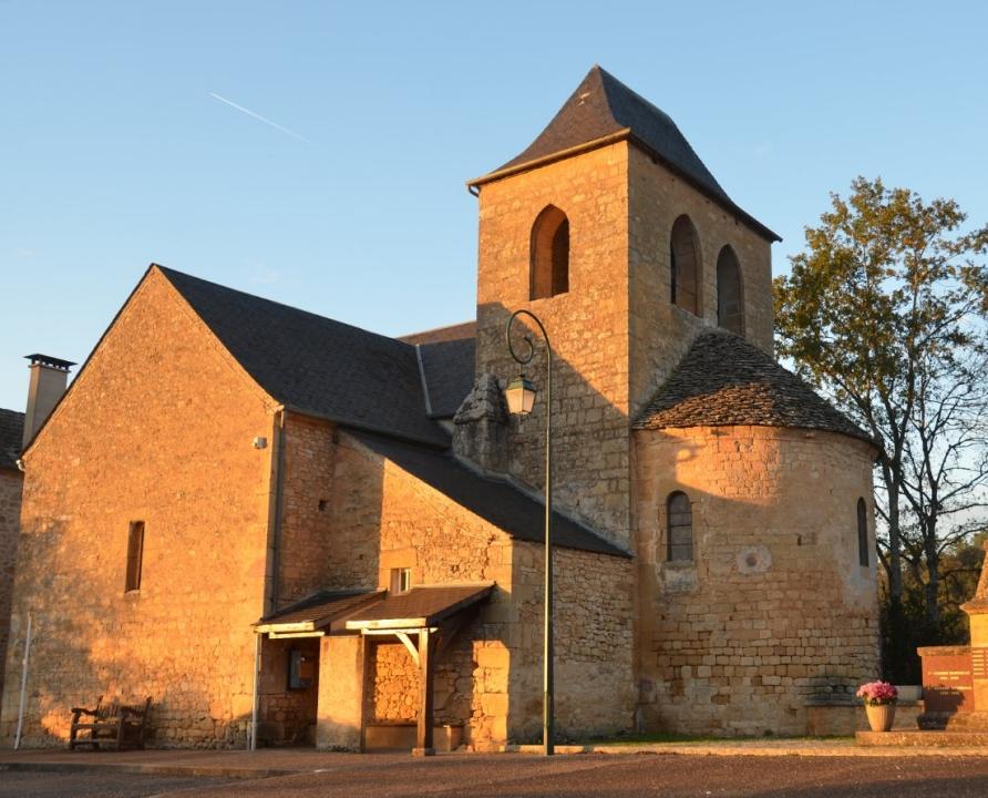 Circuits randonnée pédestre - Saint-Cirq-Madelon - Sentier de la Falaise - 5km (Église Saint-Georges à Saint-Cirq-Madelon)