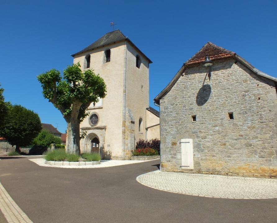 Circuits randonnée pédestre - Saint-Michel-de-Bannières - Sentier des Moines d'Aubazine - 14km (Le bourg de Condat)