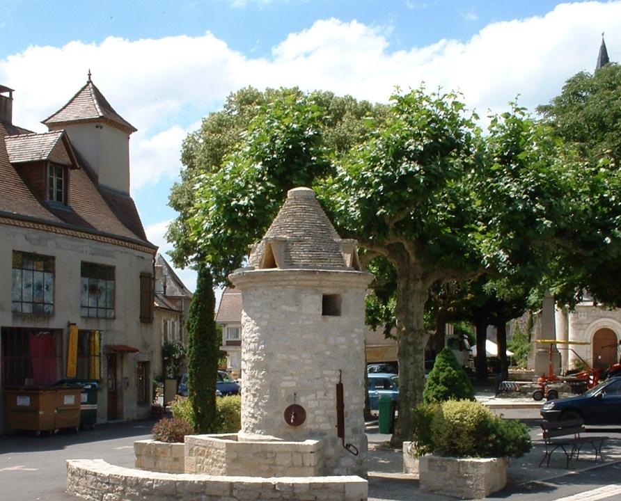 Circuits randonnée pédestre - Saint-Sozy - Circuit les Falaises de la Dordogne et leurs Villages - 3km (Puits-fontaine à Saint-Sozy)
