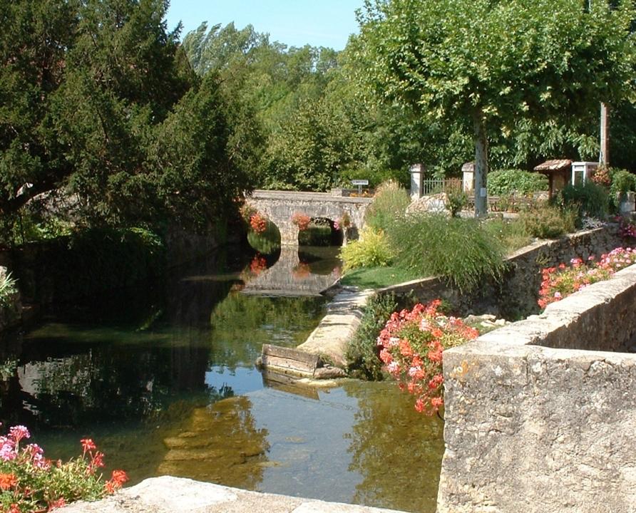 Circuits randonnée pédestre - Saint-Vincent-Rive d'Olt - Sur les hauteurs de Saint-Vincent - 12km (le bourg de Saint-Vincent-Rive-d'Olt)