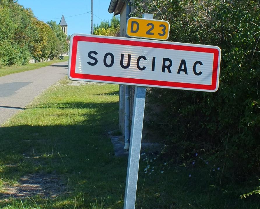 Communes - Soucirac - - - Panneau du village de Soucirac