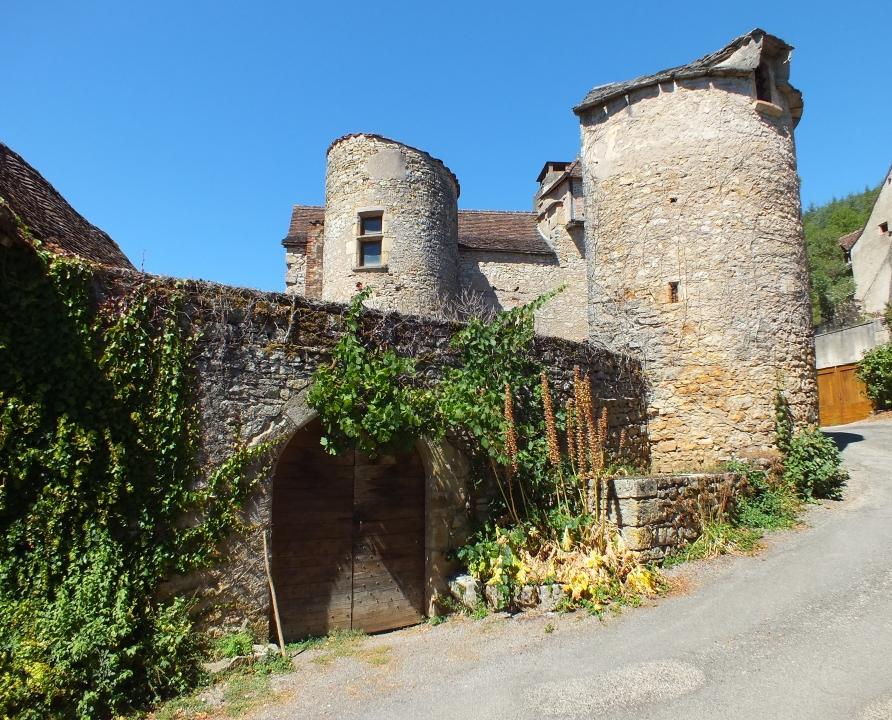 Châteaux & Fortifications - Tour-de-Faure - Château de Tour-de-Faure -