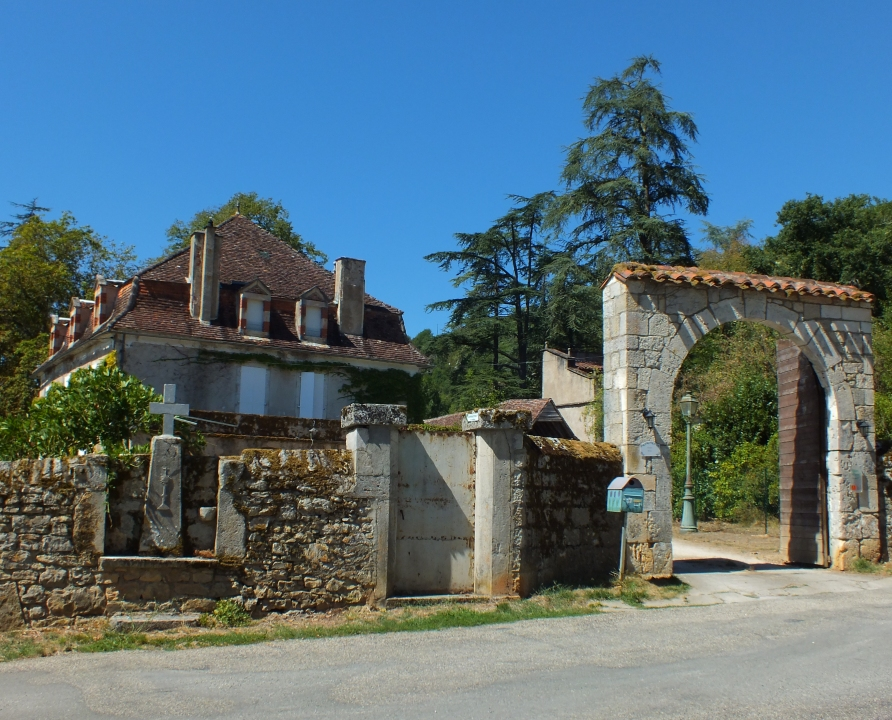 """Demeures & manoirs - Tour-de-Faure - Manoir """"Le Redon"""" -"""