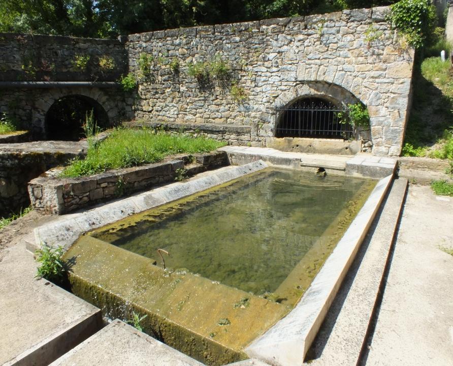 Lavoirs - Saint-Jean-lespinasse - Le lavoir de la Fontaine de Fenouil -