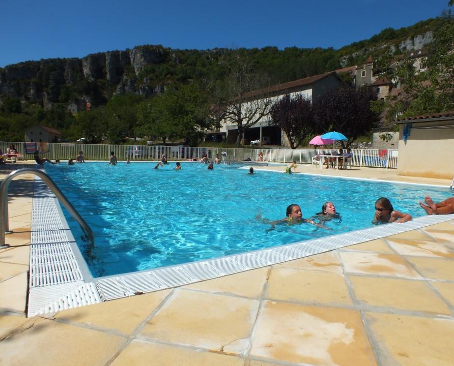 Saint sulpice la piscine municipale lot 46 for Piscine 05 juillet