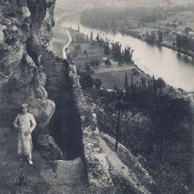 LOT'refois - CPA - début XXe - La Fontaine romaine dite des Anglais