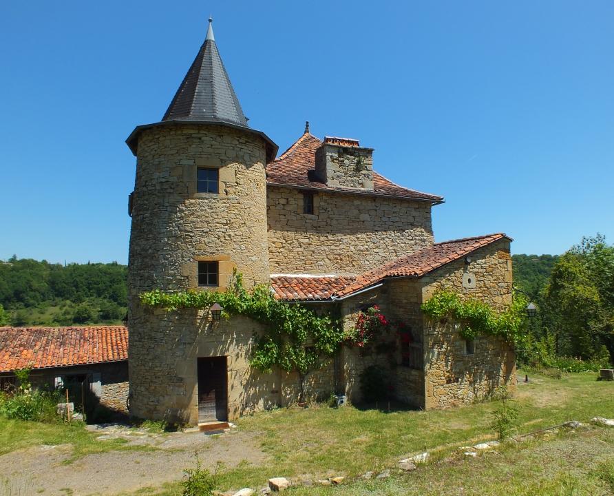 Demeures & manoirs - Capdenac - Manoir de Sanières (Les Ternes) -